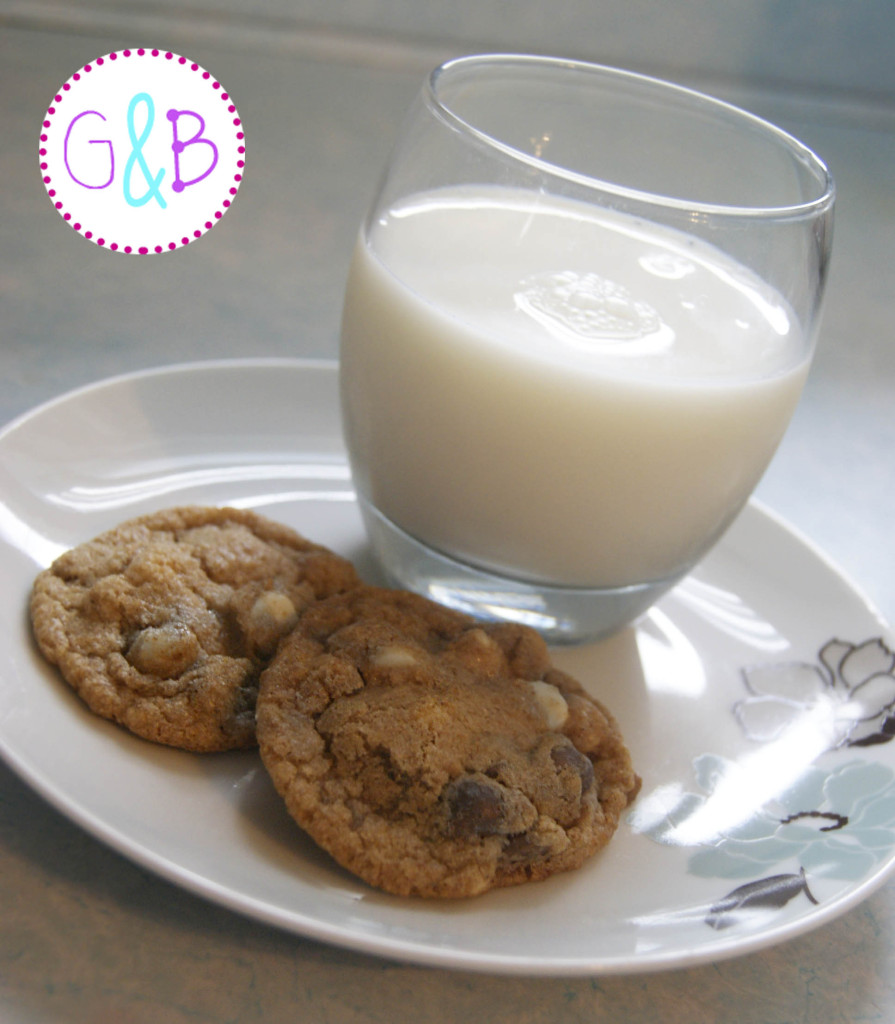 Milk and cookies.  The world's best pairing.